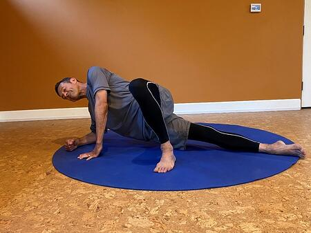 modified side plank position for it band